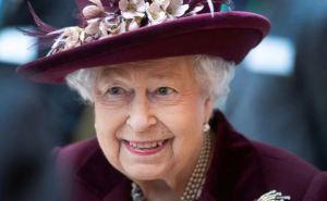 La reina Isabel II lanzó su propia marca de cervezas
