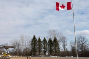 Canadá impedirá ingreso de turistas no vacunados