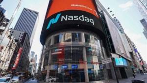 Wall Street cierra en verde y el Nasdaq marca nuevo récord