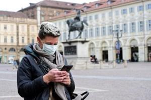 Expertos europeos alistan tecnología para smartphones en lucha para frenar propagación del virus
