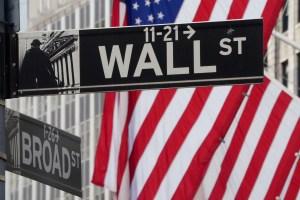 Wall Street abre en alza luego de fin de semana largo en EEUU