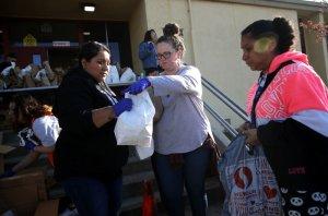 Organizaciones ofrecen ayuda económica a familias indocumentadas en el Área de la Bahía
