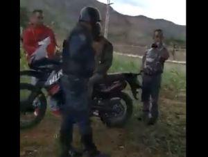 """¡Quédate quieto!"": PNB se obstinó del chanchullo de la GNB con la gasolina en Valencia (Video)"