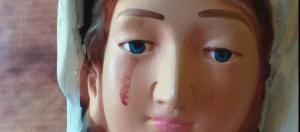 En Carora afirman que la Virgen del Carmen, le brotaron lágrimas de sangre (Fotos)