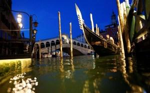 Venecia prueba con éxito un sistema de barreras de protección anti inundaciones (VIDEO)