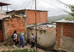 Covid-19 se dispara en Venezuela, especialistas alertan sobre saturación hospitalaria (Fotos)
