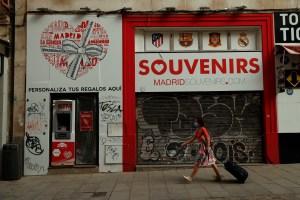 España sufre la peor recesión en los registros, con una caída trimestral del PIB del 18,5%