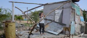 Ni los ranchos hechos con tapas de zinc resultan rentables para los venezolanos