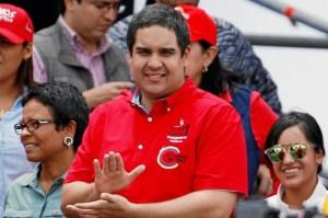 Red Fashion: Los zapatos de Nicolasito Maduro que superan 2.000 salarios mínimos en Venezuela (Fotos+video)