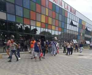 Carneiro decreta la compra de productos esenciales por número de cédula en Vargas (Gaceta Oficial)