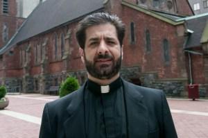 """El pervertido sacerdote """"esclavo sexual"""" fue encontrado muerto en su casa de Nueva Jersey"""