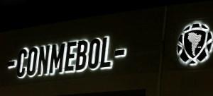 Conmebol aprueba nuevo protocolo de salud para viajes antes de reanudar torneos continentales