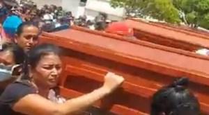 """Velorio de miembros de la banda de """"Culepa"""" violó la cuarentena en Nueva Esparta (Video)"""