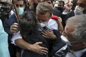 """Libaneses a Macron: """"Libéranos del gobierno y de Hezbollah"""""""