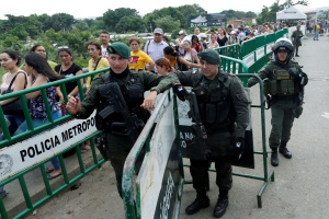 Colombia mantendrá el cierre de sus fronteras terrestres, marítimas y fluviales en octubre
