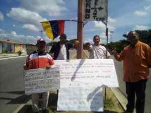 Protestas en el sector La Hormiga en Barinas, llevan meses sin agua y fallas de electricidad #29Sep