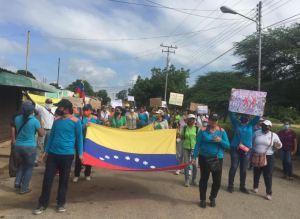 Por segundo día consecutivo, docentes protestan en Anzoátegui por mejoras salariales #30Sep