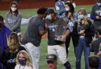 Grandes Ligas abrieron investigación contra pelotero de los Dodgers por ignorar protocolos de Covid-19