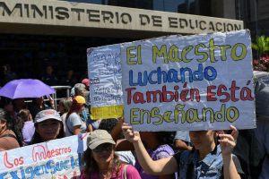 El emprendimiento: Una nueva opción de vida para los docentes en Venezuela
