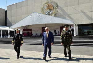 Presidente México reitera principio de no intervención sobre elección EEUU