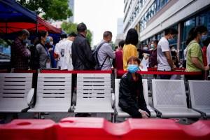Experto OMS dice que quisiera volver a Wuhan para hacer seguimiento de Covid-19
