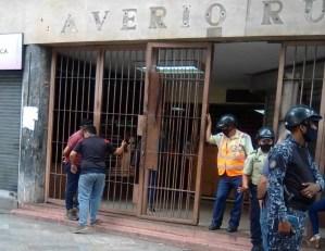 Denuncian que Alcaldía de Caracas autorizó a colectivos invadir de nuevo el edificio Saverio Russo (Fotos)