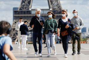 Francia desaconseja las mascarillas hechas en casa por las nuevas variantes
