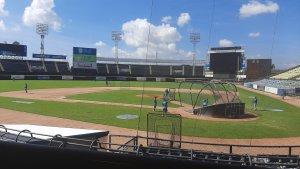 En VIDEO: Se fue la luz en pleno juego de pelota entre Navegantes y Caribes