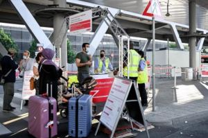 Alemania podría prohibir entrada a viajeros de países con mutaciones