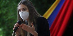 Fabiana Rosales aseguró que Roland Carreño es falsamente acusado de terrorismo