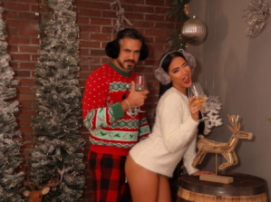 ¡Sin pararle a nadie! Norkys Batista publica otra escandalosa y exhibicionista fotografía navideña