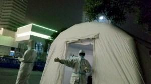 """""""Tres días que detuvieron al mundo"""": Un video revela cómo el régimen chino buscó encubrir el brote de coronavirus en Wuhan"""