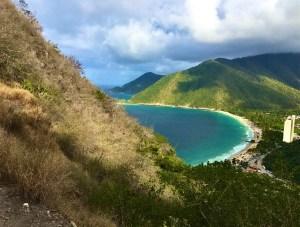 Bahía de Cata, pueblo pesquero refugiado en la cultura para sostener el ánimo ante la crisis