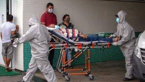 Sin oxigeno para quienes dependen de un respirador y falta de camas: El Covid-19 colapsó Manaos (Fotos)