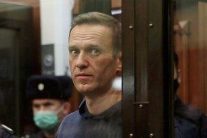Intelectuales españoles exigen atención médica para Navalny