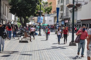 Habla la calle: Venezolanos prefieren quedarse en casa el #14Feb que gastar en una noche de hotel (Video)