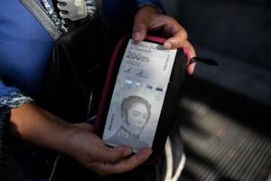 Venezolanos rechazan el último aumento salarial de Maduro (Encuesta La Patilla)