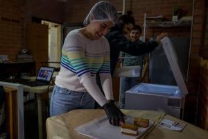 Venezolanos buscan emprender como una forma de supervivencia (Encuesta La Patilla)