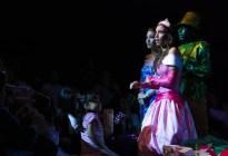 En un cuento hechizado: Las princesas de Disney se reúnen con las malvadas villanas