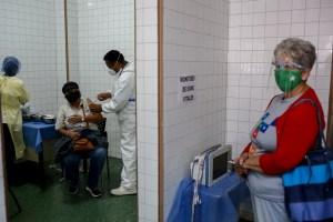 Estiman más de 8 mil casos diarios no registrados por Covid-19 en Venezuela, según estudio en Washington