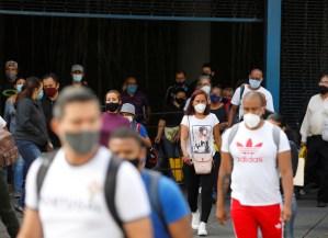 Casi 1.300 contagios nuevos reportó el régimen chavista en Venezuela
