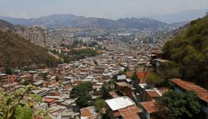 Caracas amanece con enfrentamientos: Vecinos de La Vega reportan tiroteo este #16Abr