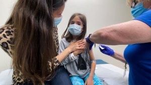 Pfizer y Moderna amplían ensayos clínicos de la vacuna Covid-19 en niños de 5 a 11 años