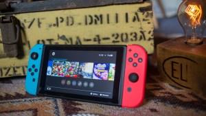 """Construyó el Nintendo Switch funcional """"más grande del mundo"""" y lo donó a un hospital infantil (VIDEO)"""