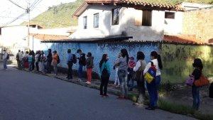 Colas y más colas: Reportan en Mérida falla en el servicio de transporte público este #13Abr