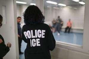 Sentenciaron a inmigrante del Bronx por morderle el dedo a un agente de ICE