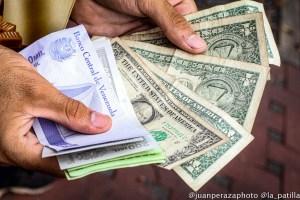 Precio del dólar paralelo sostuvo su ascenso al cerrar la jornada con nuevo récord (FOTO)