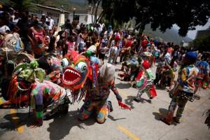Diablos Danzantes pidieron por el fin de la pandemia en Venezuela (Fotos)