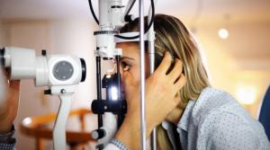 Los problemas oculares que podría causar el coronavirus grave