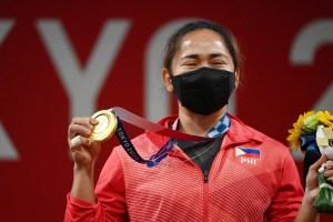 La reacción de una pesista al ganar el primer oro de la historia para Filipinas (Video)